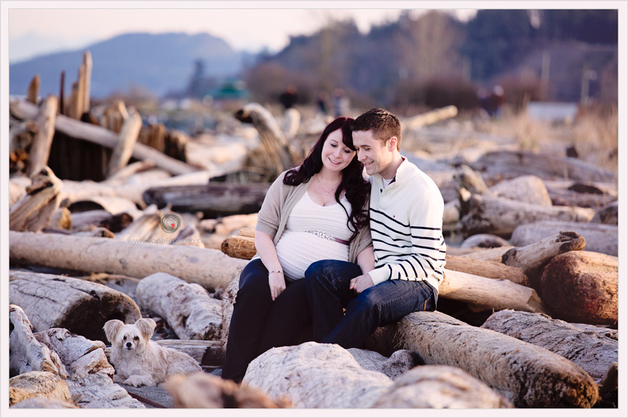Maternity session Victoria BC